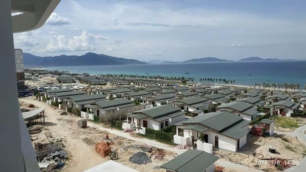 tien-do-xay-dung-du-an-movenpick-cam-ranh-resort-villas-thang-8-2018 1